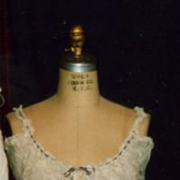 http://vcomeka.com/vccc/images/1992.118.f.jpg