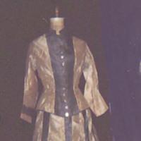 http://vcomeka.com/vccc/images/1992.007.ab.f.jpg