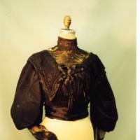 http://vcomeka.com/vccc/images/1992.052.f.1.jpg